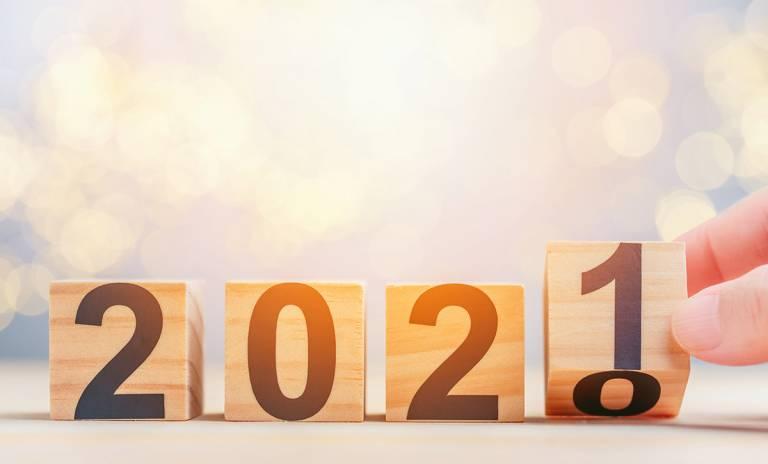 Puukuutioissa vuosi 2020 vaihtuu vuodeksi 2021.